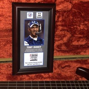 Personal signed photograph by Tony Dungy.